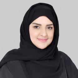 وزير العدل السعودي يوجه بتعيين 100 كاتبة عدل